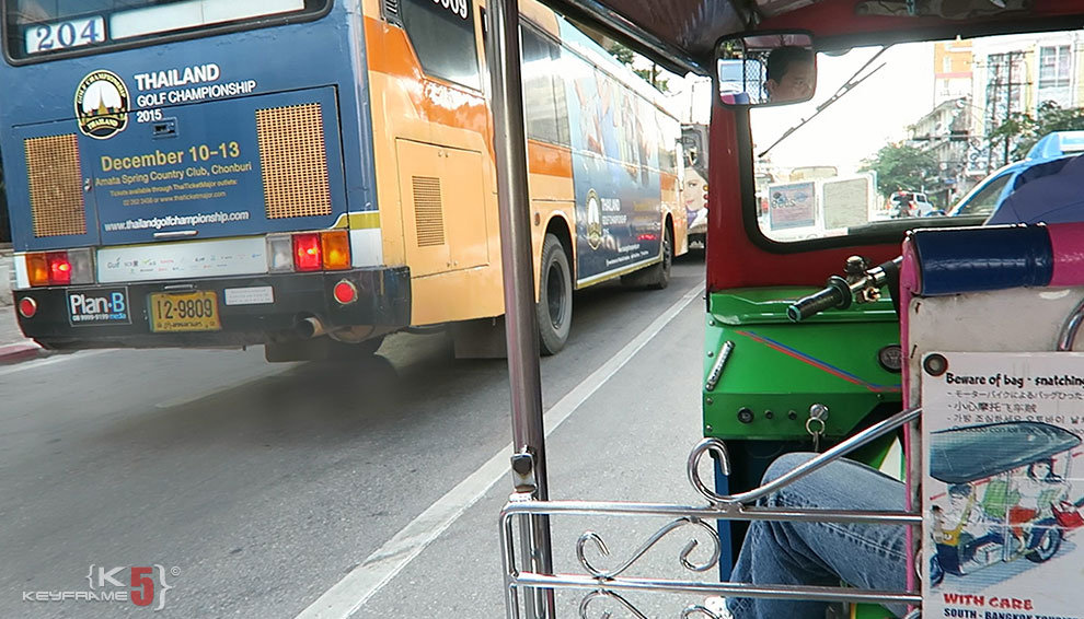 Things not to do in Thailand - Riding tuk tuk in Bangkok, Thailand