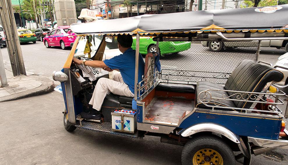 tuk-tuk-in-thailand