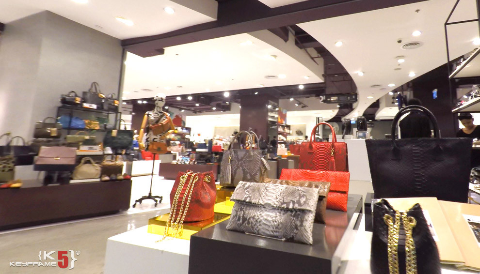 Women purses and handbags at CentralWorld
