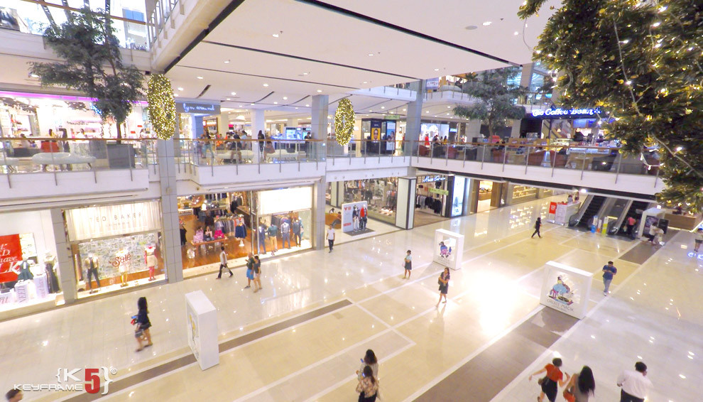 Biggest shopping mall in Thailand