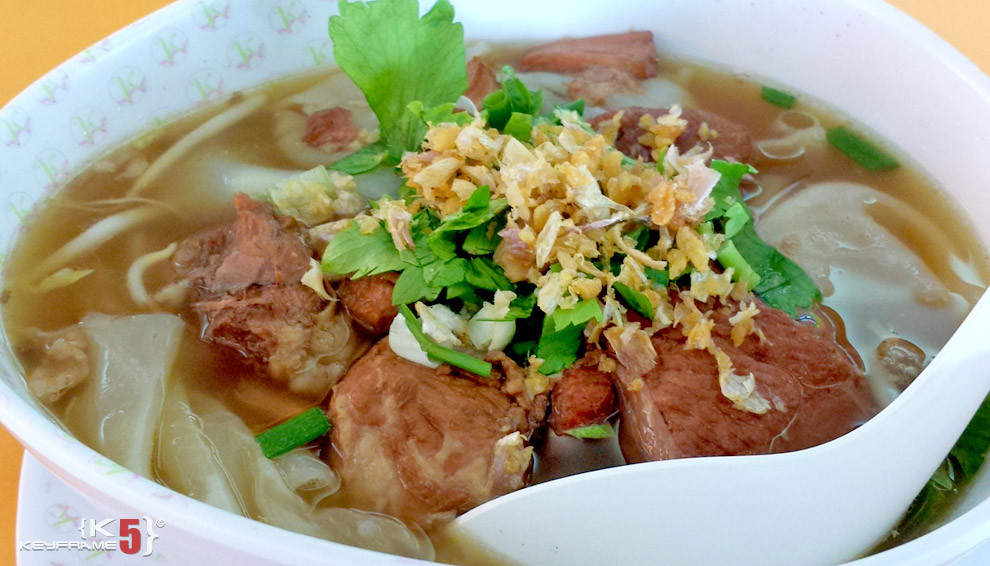 ฿80 THB - Best beef noodles in Thailand