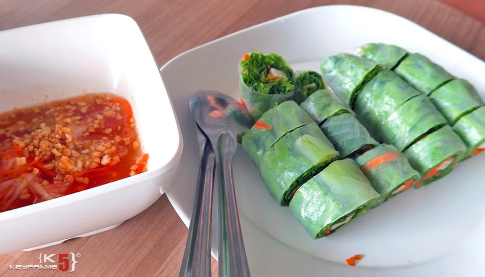 ฿50 THB - Fresh veggie spring rolls