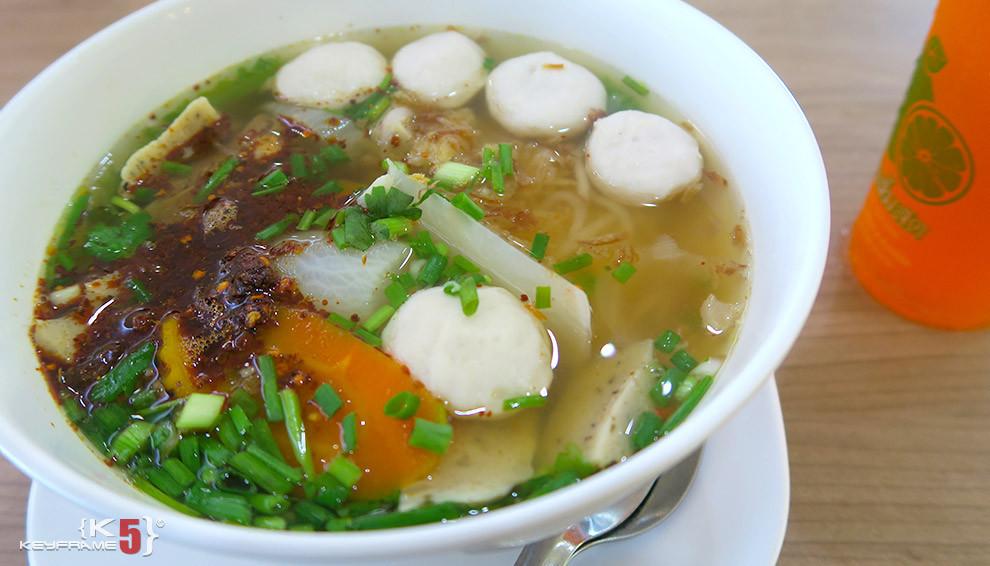 ฿60 THB - Thai noodles