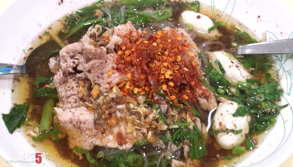 ฿50 THB - Thai beef meat balls noodle